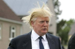 donald-trump-hair-blowing-in-wind_0